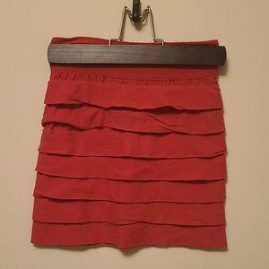 SALE - 💜3/$15 - Ruffled hot pink skirt